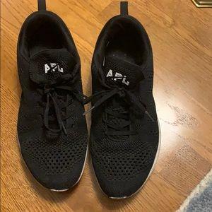 APL techloom sneakers, women's 10.5